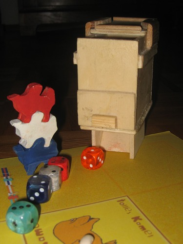 Camel Up Dice Machine